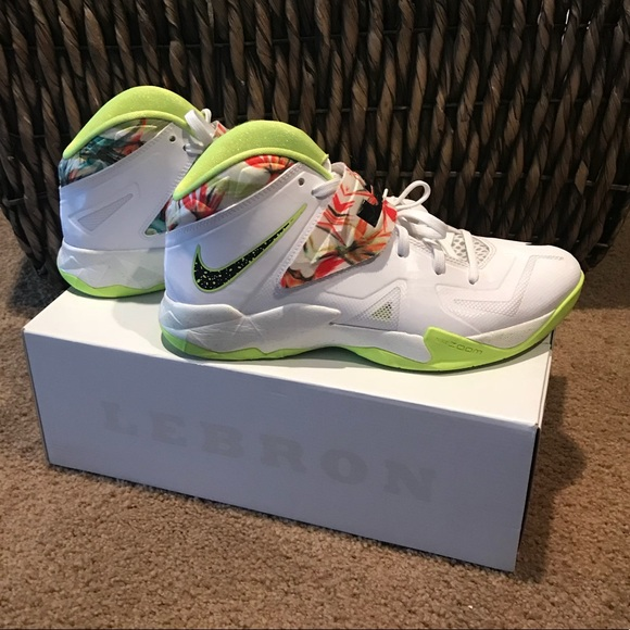 finest selection cd206 5fa1b ... Nike Zoom soldier VII. M 5ac93dfb72ea8852c7f61bdf